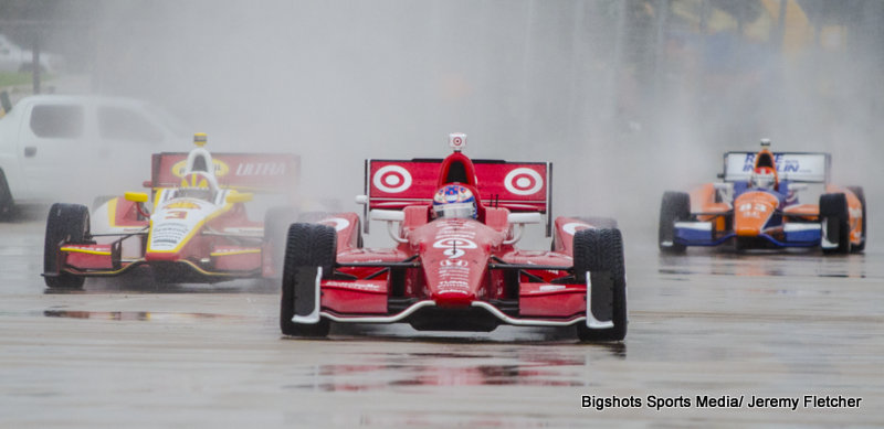 Scott Dixon, Helio Castroneves, coming at you