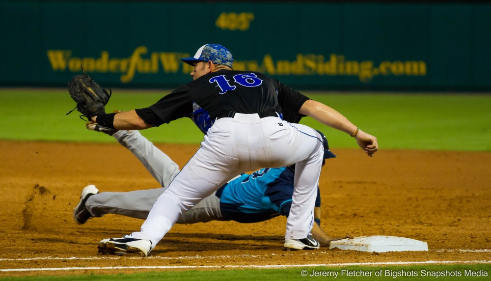 Sugar Land Skeeters vs Bridgeport Bluefish here at Constellation Field in Sugar Land Texas Tuesday August 18, 2015 (Travis Scott making a play at 1st base)