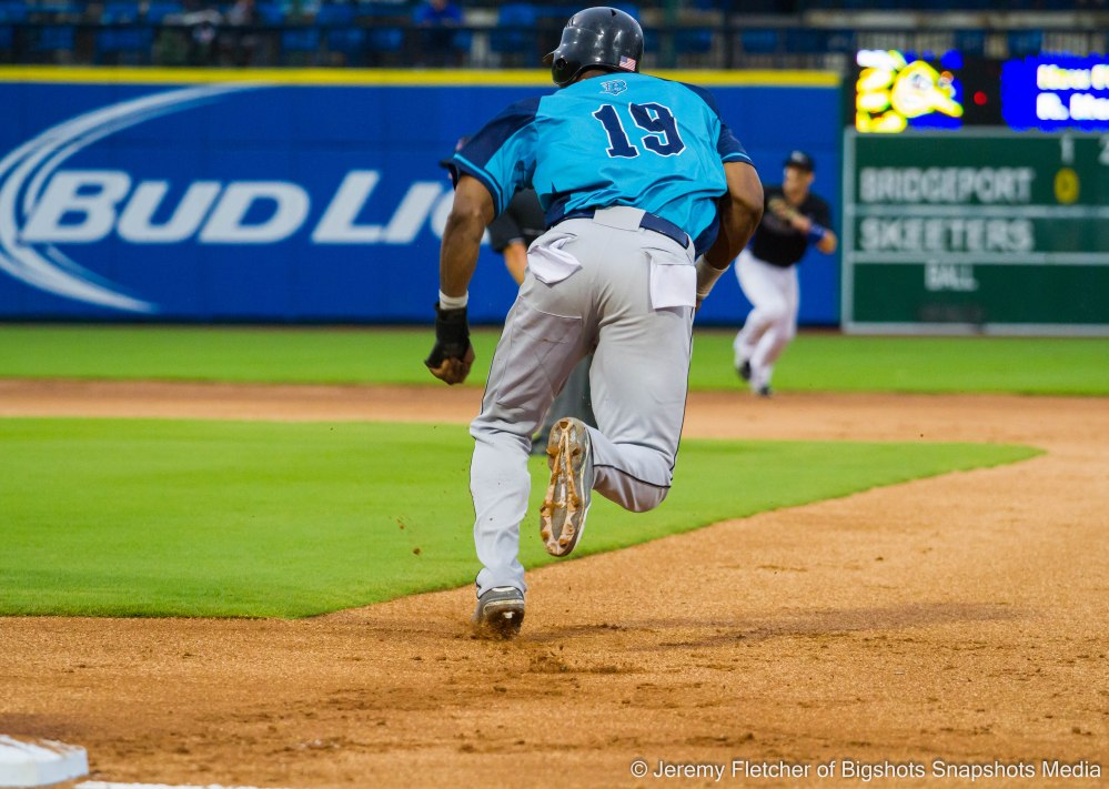 Sugar Land Skeeters vs Bridgeport Bluefish here at Constellation Field in Sugar Land Texas Thursday August 20, 2015 (Welington Dotel)